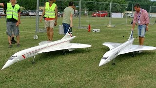 2X HUGE RC CONCORDE SCALE MODEL AIRLINER TURBINE JET SYNCRON FLIGHT DEMONSTRATION
