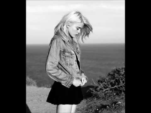 Sky Ferreira - Sad Dream