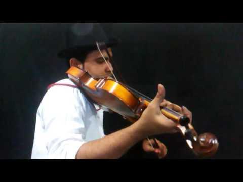 Hmari adhuri khani  violin cover by sameer khan