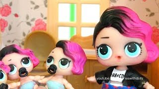 Rocker's Lil Sisters Get in Trouble ! Toys and Dolls Fun with LOL Babies and Color Popcorn | SWTAD