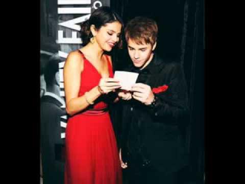 Justin Bieber and Selena Gomez Red Carpet At The Oscars thumbnail