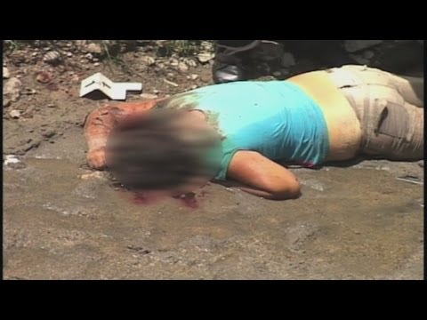 Fin de semana violento en El Salvador -- Noticiero Univisión