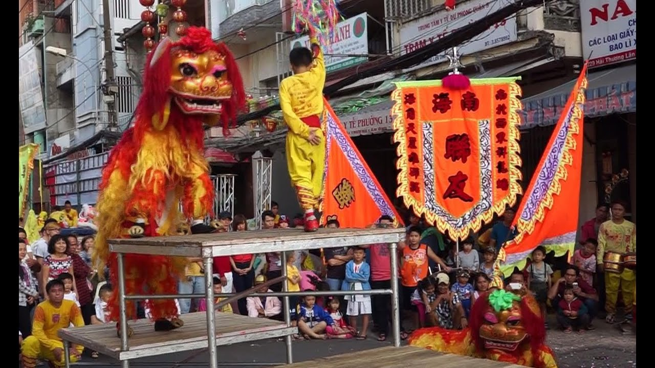 Lion Dancing History Lion Dance Lunar New Year 2014
