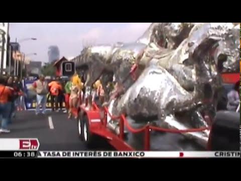 Artistas de circo realizan marcha contra circos sin animales / Vianey Esquinca