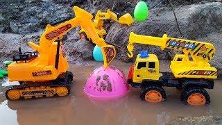 Xe tải, máy xúc, cần cẩu tìm trứng khủng long Trucks, excavators, cranes search dinosaur eggs