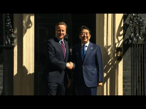 Londres: David Cameron reçoit son homologue japonais Shinzo Abe