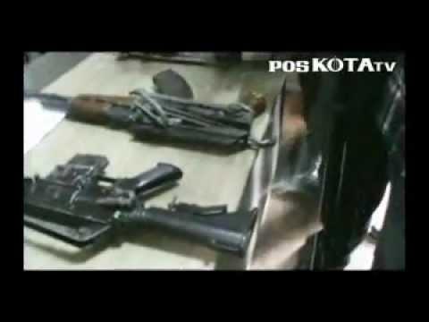 Lima Pucuk Senjata Laras Panjang Ditemukan Depan Sekolah