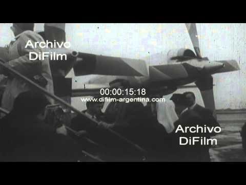DiFilm - Tito Lectoure viaja en avion de Lineas Aereas Paraguayas 1969