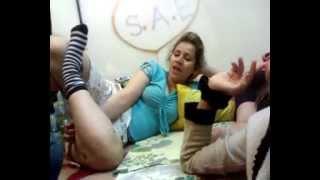 دختران دانشجو در خوابگاه