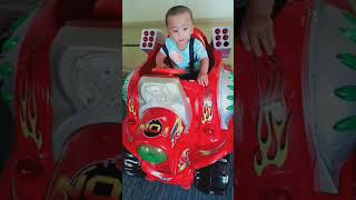 Baby car riding
