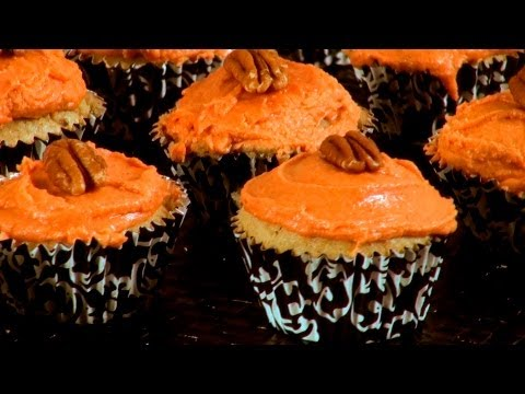 Pumpkin Cupcakes Recipe - Thanksgiving Recipe