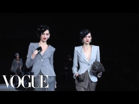 Fashion Show - Giorgio Armani: Fall 2009 Ready-to-Wear