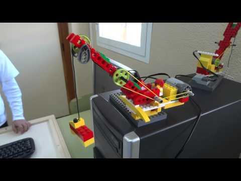 AlmeriBOTStudio. Lego WEDO Crane