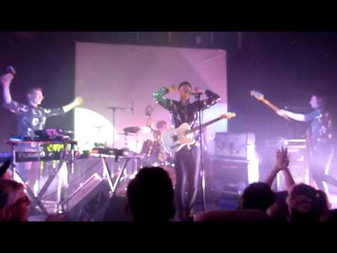 DJANGO DJANGO - Default - Live @ Gebude 9 Cologne Kln Germany 17-Nov-2012 www.djangodjango.co.uk http