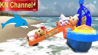 Đồ chơi trẻ em BÚP BÊ LƯỚT SÓNG NHẢY DÙ TRÊN BIỂN KN Channel