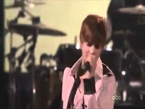 Justin Bieber - I'll Be Your Crying Shoulder (cute!). video