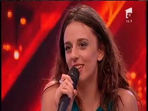 Prezentare: Beatrice Popescu, emoții mari pe scena X Factor