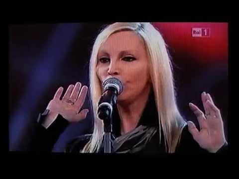 Patty Pravo,Il vento e le rose,Sanremo,Teatro Ariston,20.2.2011