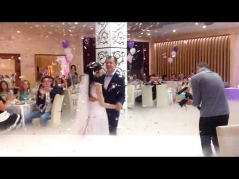 Первый свадебный танец в облаках  Тяжёлый дым, конфетти Чебоксары