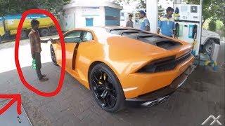 BJP MLA car (Begger reaction) Lamborghini Huracan Huge revs   Supercars of Mumbai   India 2017