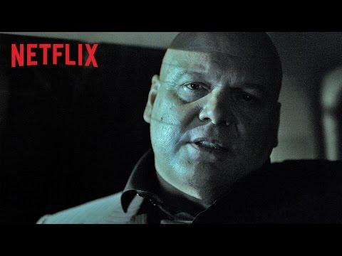Avocat luttant contre l'injustice et aveugle depuis l'enfance, Matt Murdock fait place au justicier masqué Daredevil lorsque la nuit tombe sur les rues de New York, dans le quartier de Hell's...
