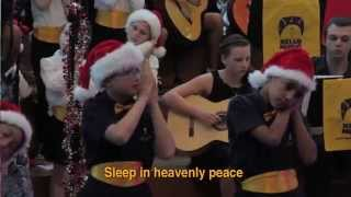 Auslan Silent Night -Victorian College for the Deaf Choir and Laura Davies