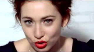 Watch Regina Spektor Chicken Song video