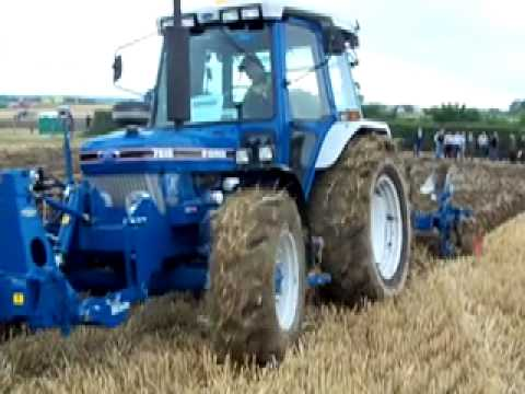 Plough being demonstrated at the fingal vintage society show 2010