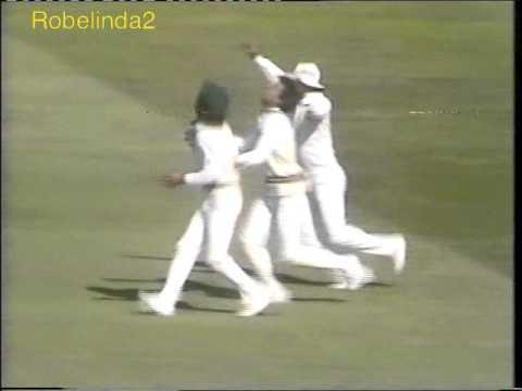 """""""THE"""" worst cricket cheating in history- Pakistan vs Ian Botham 1987"""
