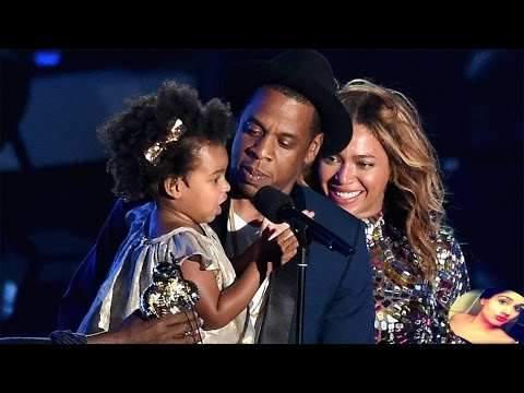 beyonce and Jay - z little ivy VMAs awards show on stage   - 2014 mtv vma awards show -  Review