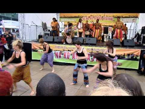 Bouba Diakité und Wolara Band beim Kenako Afrika Festival 2013 in Berlin