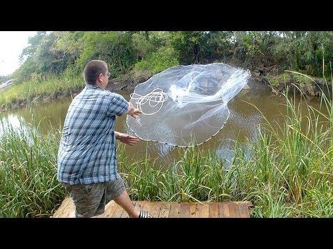 видео как ловить рыбу кастинговой сетью видео