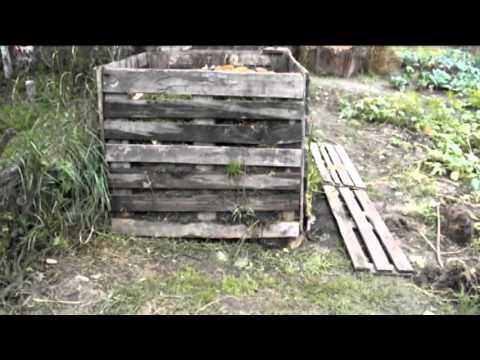 Компостная яма из поддонов