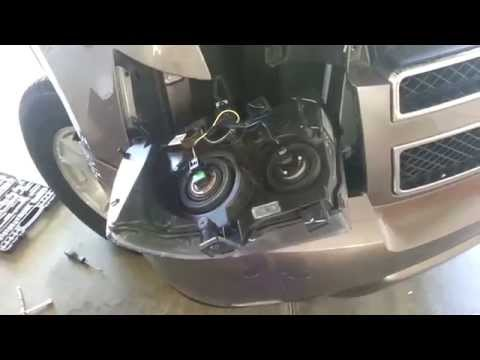 2007-2014 GM Chevrolet Tahoe - Headlight Removed To Change Bulbs - Turn Signal. DRL. Side Marker