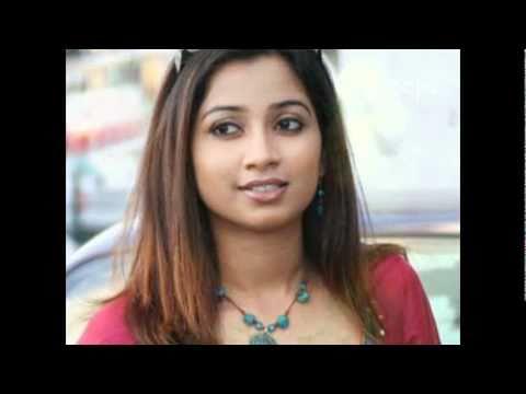 Kizhakku Pookkum ...   ♥ Shreya Ghoshal ♥