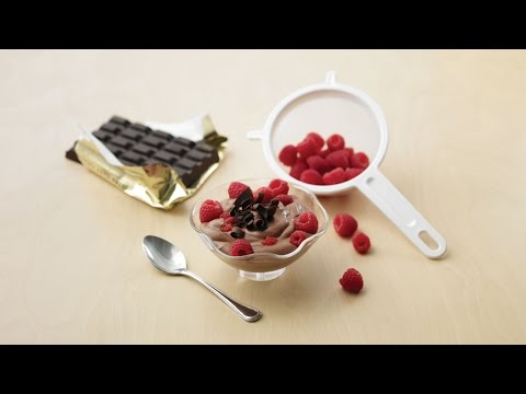 Really Easy Chocolate Raspberry Mousse – by Dairy Farmers of Canada