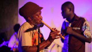 Ohia Beye Ya (Seniwaa) ft Sammy Nupkese of Roots Anabo on Flute & Mutumbo