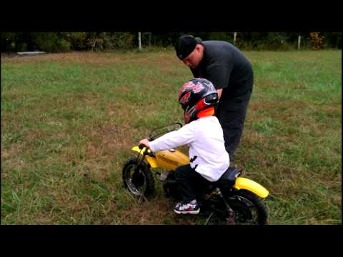 3 Year Old Learning To Ride A Dirt Bike - 1978 Suzuki JR50