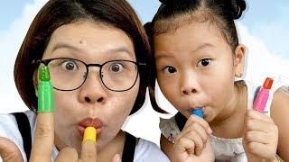 100% Cách Ăn Kẹo Ngón Tay ❤Susi kids TV❤