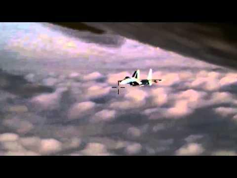 Су 27 идет на перехват  Видео из кабины самолета НАТО