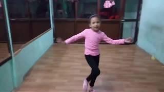 चरी चट्ट परी फुरुरु खोली तिरै तिर (Cover Dance)