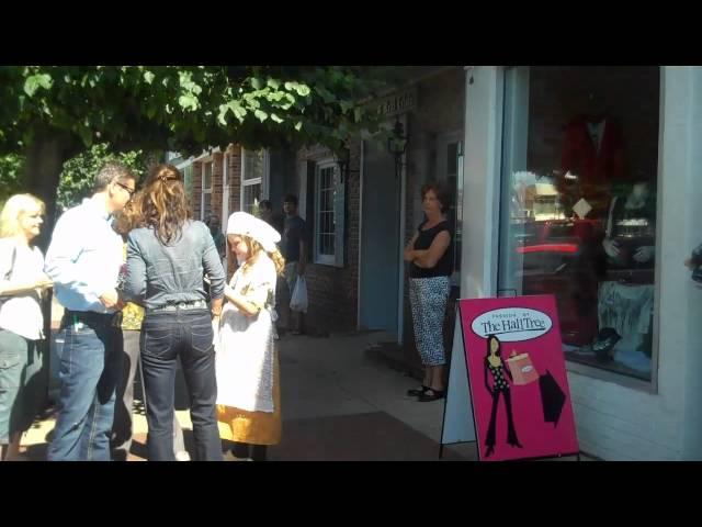 Palin Shops in Pella