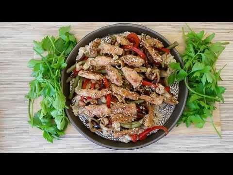 Рис с овощами и курицей в соусе терияки