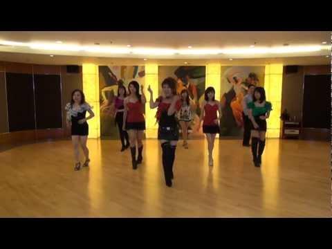 Mambo Italiano Line Dance - Perianna Wong