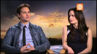 "Cinescape: Entrevista a Carlisle y Esme Cullen, Twilight ""Breaking Dawn"" - 24/11/2012"