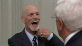 Scary Movie 3 - Aliens at the White House [Funniest Scene] Leslie Nielson R.I.P