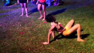 Persona poseida tras bailar | demonic possession | possessed person