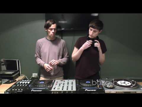 Занятия по классическому диджеингу в Hub. DJ Primat