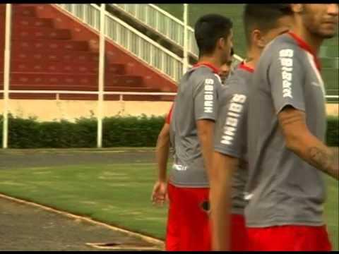 Assim como o Uberlândia, a equipe de Júnior faz treino leve para o amistoso