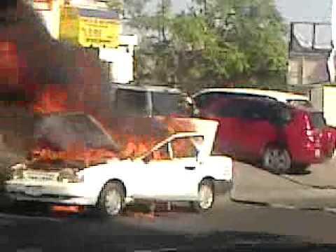 carro quemandose en hillo son